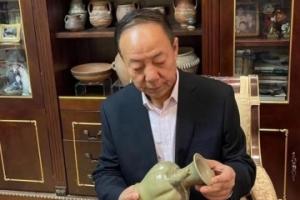 """甘肃文物鉴别师:触摸藏品就是和历史""""对话"""""""