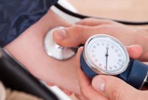 引起低血压的原因 低血压前期表现有哪些