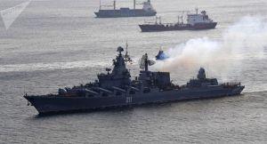 """俄海军舰队太平洋演习,追踪驱离""""敌方""""潜艇"""