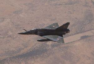 """外媒:法军一架""""幻影""""2000D战机在马里坠毁"""