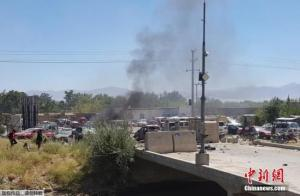 阿富汗总统:美国仓促撤军导致该国安全形势恶化