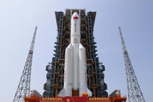 中国空间站核心舱发射在即,画面震撼!