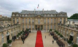 """法国称将在""""时机成熟时""""恢复与澳大利亚对话"""