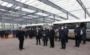 潍坊诸城市领导一行到得利斯10万吨肉制品项目观摩调研