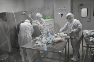 一支新冠灭活疫苗,是怎样生产的?