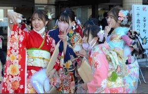 日本疫情惡化栃木縣益子町仍然舉行成人式