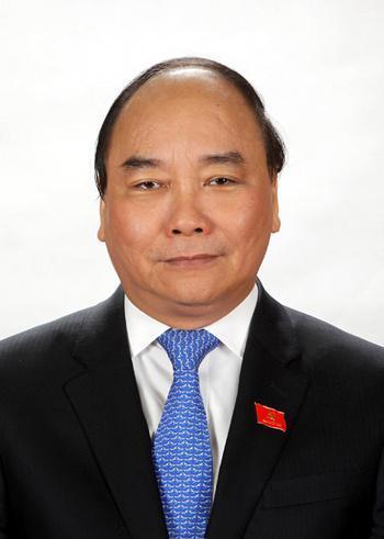 越南选举产生新一任国家主席 阮春福当选
