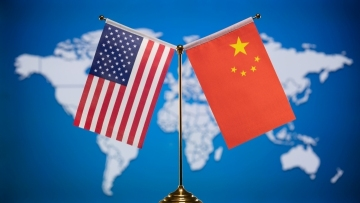 China's commerce minister, U.S. commerce secretary talk over phone