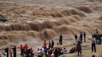 Breathtaking scenery of Hukou Waterfall in northwest China
