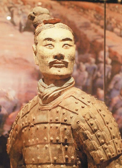 秦始皇帝陵出土绿面跪射俑  杜建坡摄