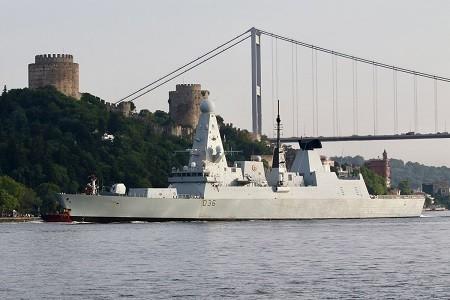 英国45型驱逐舰折返直布罗陀 噪声100海里外能听到