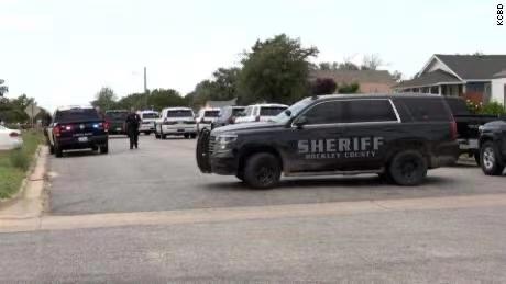 美国得克萨斯州发生枪击事件 致1死4伤