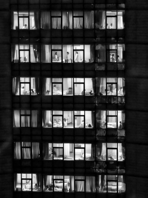 《凡·间》影展:即便生命易逝我愿用照片记录永恒