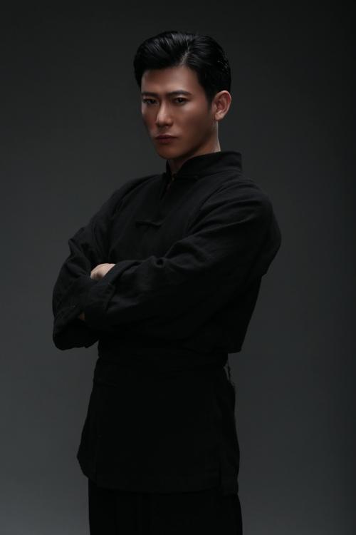 李乾鋒出演献礼院线电影《征程之星火》在贵阳正式开机