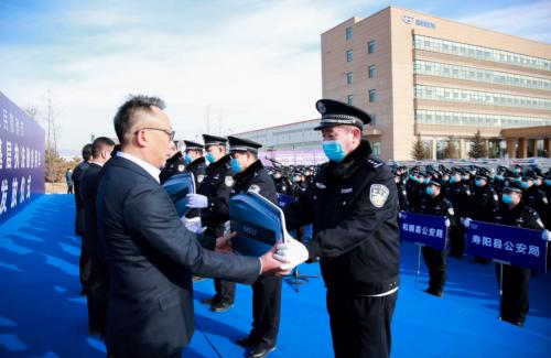 吉利向山西晋中市公安局交付332辆嘉际警务用车 助力人民警察更好地维护社会安定