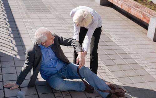 """""""生命在于运动"""",老年养生的最大误区"""