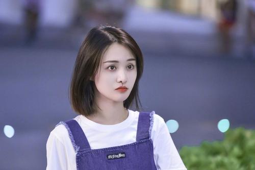 广电时评批郑爽:我们不会为丑闻劣迹者提供发声露脸的机会和平台