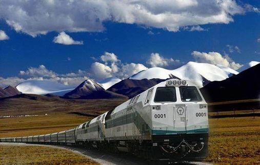 百年瞬间丨青藏铁路全线建成通车