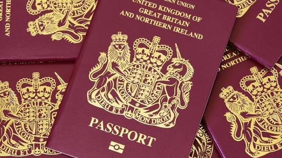 港府向14国驻港领事馆发信 要求对方不承认BNO护照