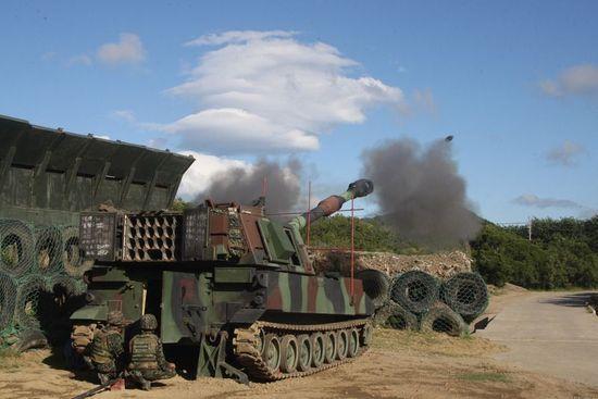 汉光36演习中台军装备的M109A2自行火炮
