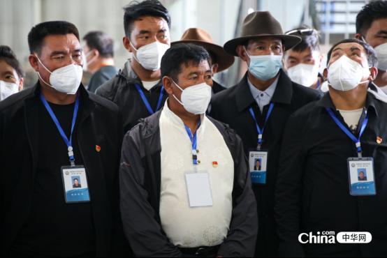 西藏基层干部赴京参观学习班学员参访北京顺义临空经济核心区