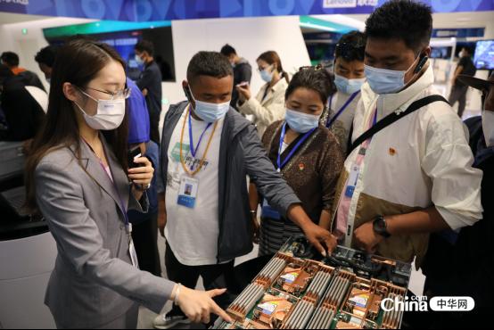 西藏基层干部赴京参观学习班学员参访联想总部