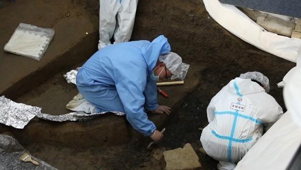 三星堆8号坑发现可拼接青铜碎片 或为礼仪用器