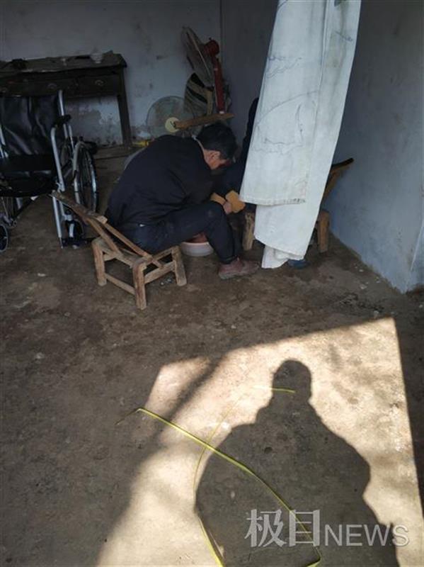 河南55岁男子娶20岁智障女为妻:一场本想低调的婚礼
