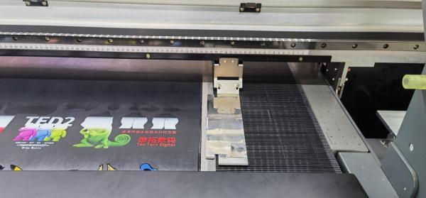 泰拓数码皮革打印机提供更全面的深色皮革打印方案