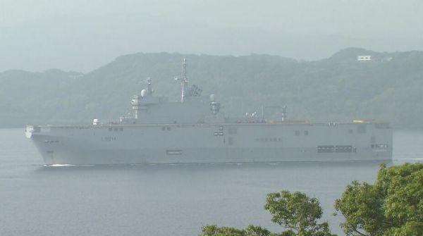 参加军演的法国舰船在日本佐世保港