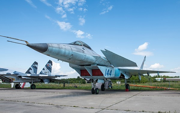 米格1.44战斗机