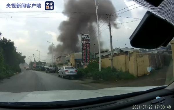 辽宁抚顺车载液化气罐爆炸 造成1人死亡17人受伤