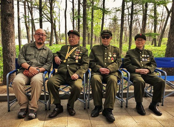 《1950他们正年轻》导演:以纪录电影致敬抗美援朝战士