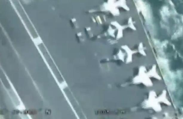 伊朗无人机拍下美航母近距离画面 舰载机清晰可见