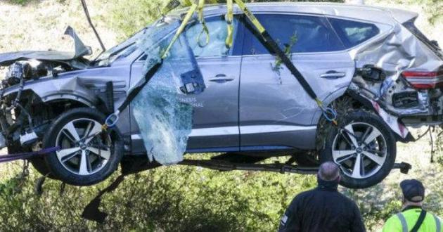 伍兹在遭遇严重车祸后生命无忧 但有骨折情况