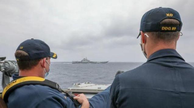 国防部就美跟踪辽宁舰以及多舰集中入列等热点答问