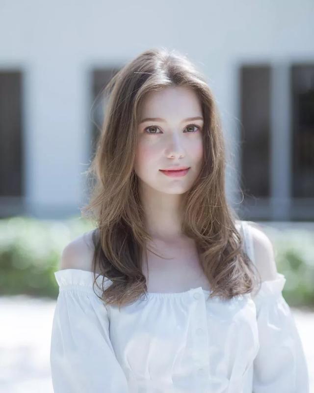 穿旗袍最好看的外国人 我提名她!