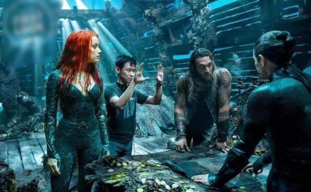 《海王2》片场照释出 温子仁与反派奥姆王搞怪合影