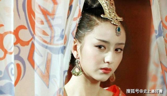 赵 谁用尽皇帝活着 不能被选为四大美女之一 因为一个缺陷