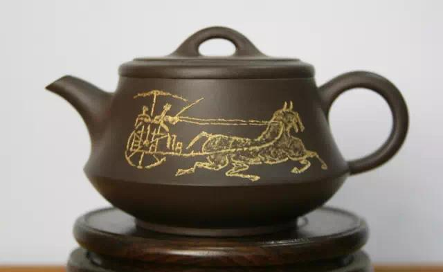 一壶冲古意,千秋有同心——赏著名艺术家刘光巧夺天工的紫砂、陶瓷作品