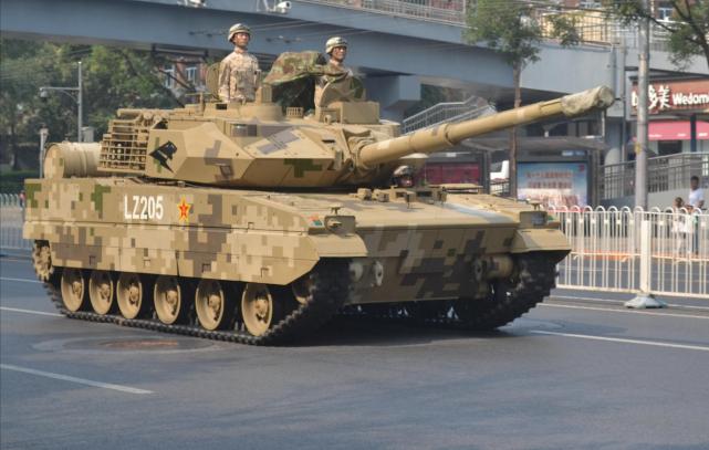 印度急着买轻坦对付中国 韩国公司拿样子货来竞标