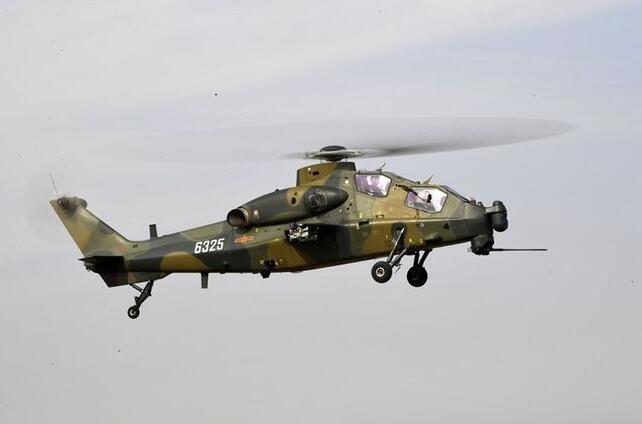 台媒紧盯:解放军武装直升机首次巡台