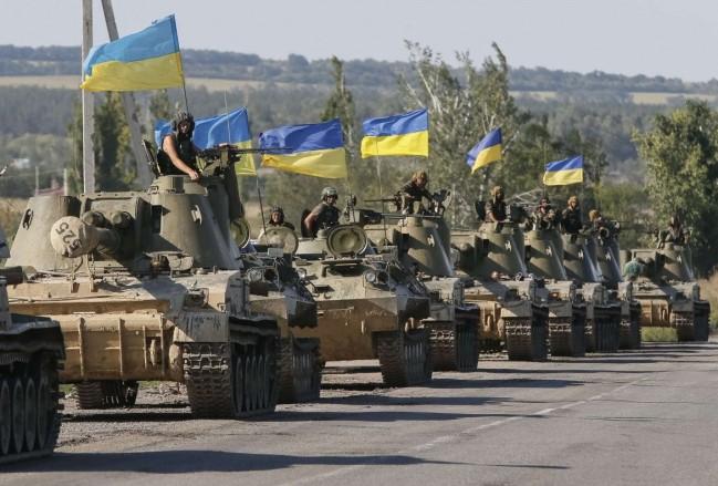 乌克兰政府为应对近期的紧张局势,向东部地区调集大量兵力