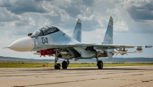俄媒:俄在黑海北极同时军演