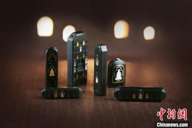 首批敦煌珠宝尝试采用多种贵金属、宝石及玉器材质 玉顺行供图