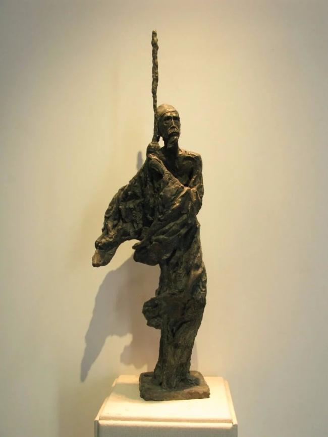 钱绍武 《杜甫立像》铸铜 高250cm 2007年