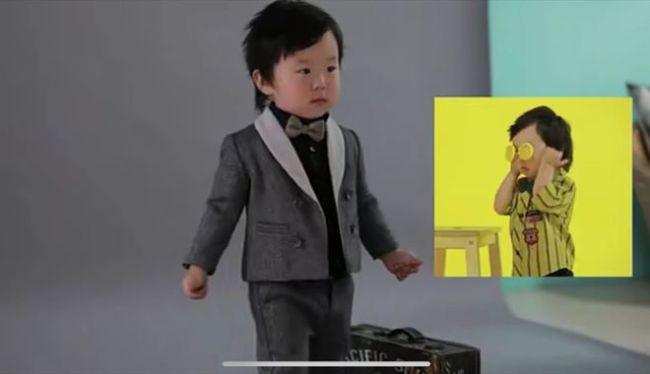 张纪中娇妻晒2岁儿子生日照 夸其会背诗说英文