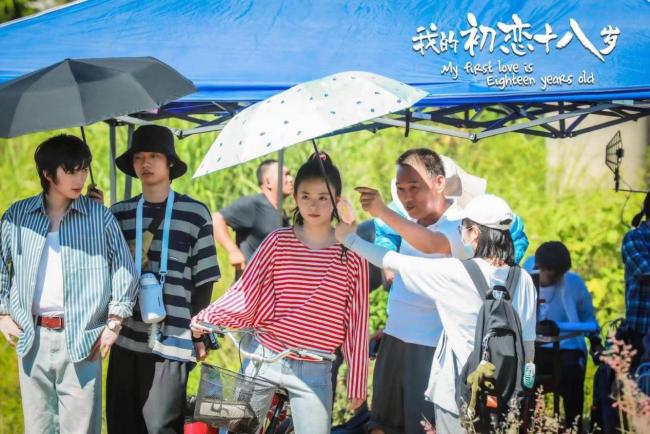 电影《我的初恋十八岁》同名主题曲MV温暖发布