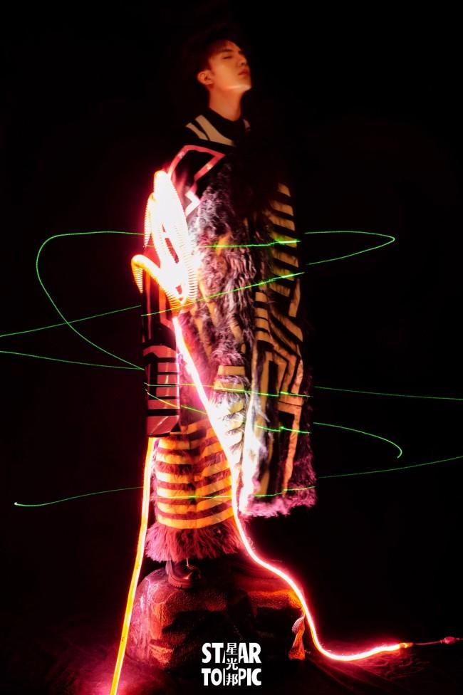 谷蓝帝全新光影水镜大片 虚实变换诠释全新风格