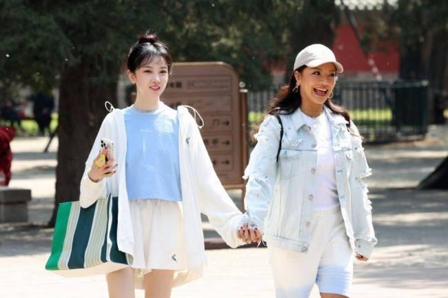 陈小纭《让生活好看》第二季春游误入相亲角